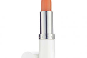 Most Wanted: Elizabeth Arden Eight Hour Cream Lip Protectant Stick Sheer Tint SPF 15