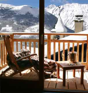 1-balcony-views-copy-right-www-thealpineclub-co-uk